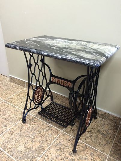 sewing singer table